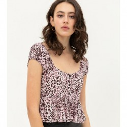 Short Sleeve Cheetah Print Woven Top with Slight Flare Hem and Sweetheart Neckline - Pink